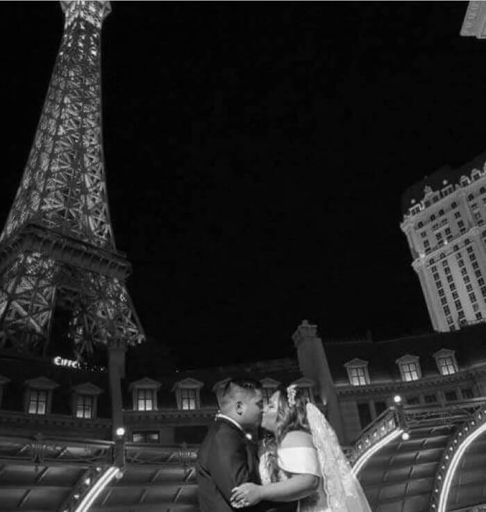 Wedding Couple Las Vegas Paris Hotel